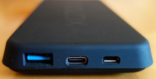 Anschlüsse der YOOLOX Wireless 10k Powerbank